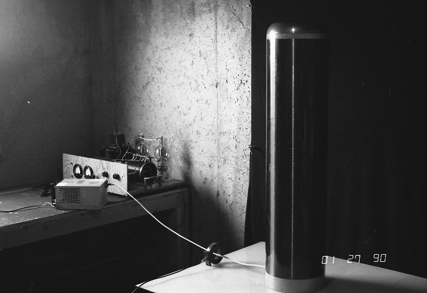 1990 solid-state Tesla coil 53 kHz and tube driver